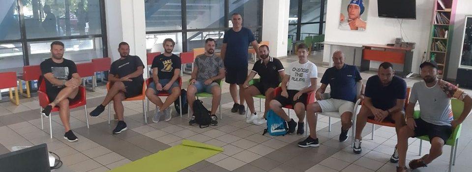 Ακαδημία Ποδοσφαίρου: Σεμινάριο ΚΑΡΠΑ για τους προπονητές των τμημάτων (PICS)