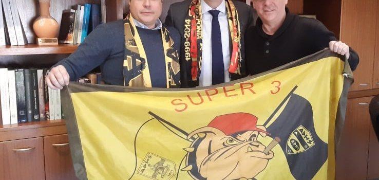 Ο Δήμαρχος Στροβόλου, Ανδρέας Παπαχαραλάμπους, μέλος του Α.Σ. ΑΡΗΣ! (photos)