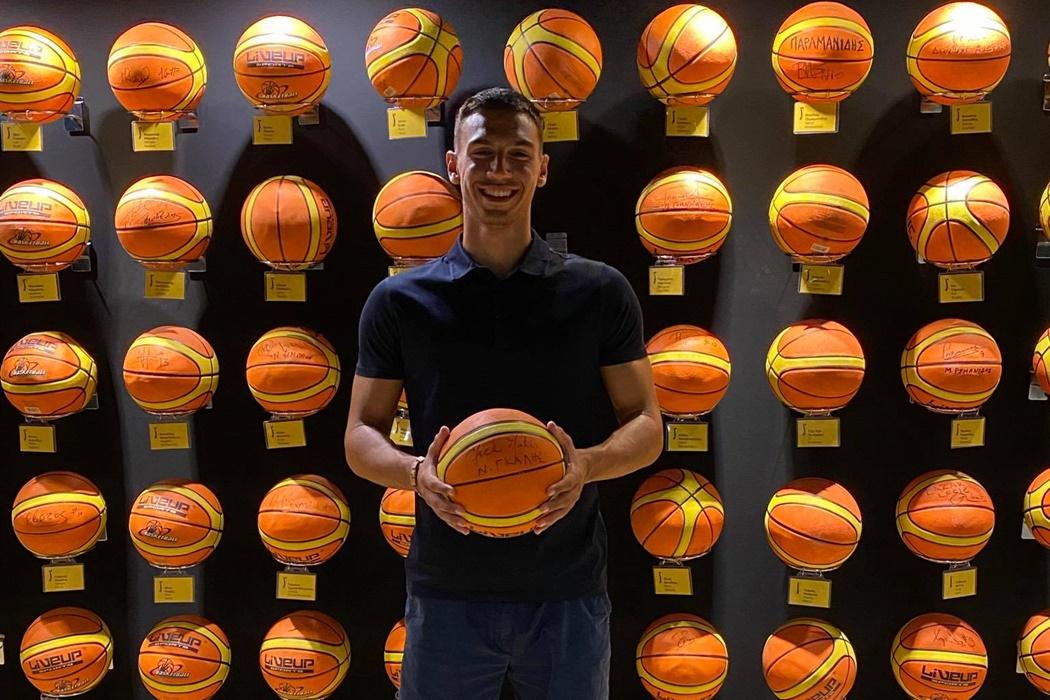 Μπάσκετ: Επένδυση με Τάσο Κωνσταντινίδη